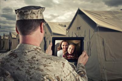 Katonai internetes társkereső csalások