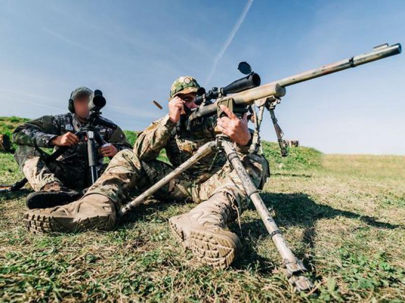 Tábla kerek háború ellen